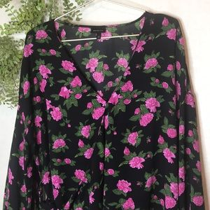 Who What Wear Floral Wrap Blouse  1X